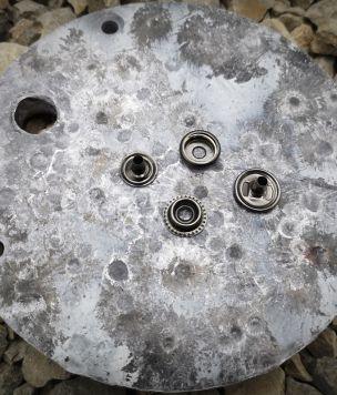 2x Snap button 15mm black nickel