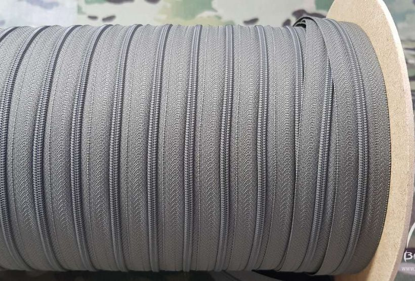 50cm YKK ® 3RCF zipper tape continous coil 3mm