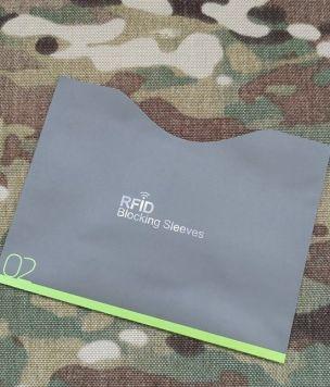 Duże etui na paszport z ochroną RFID poziome
