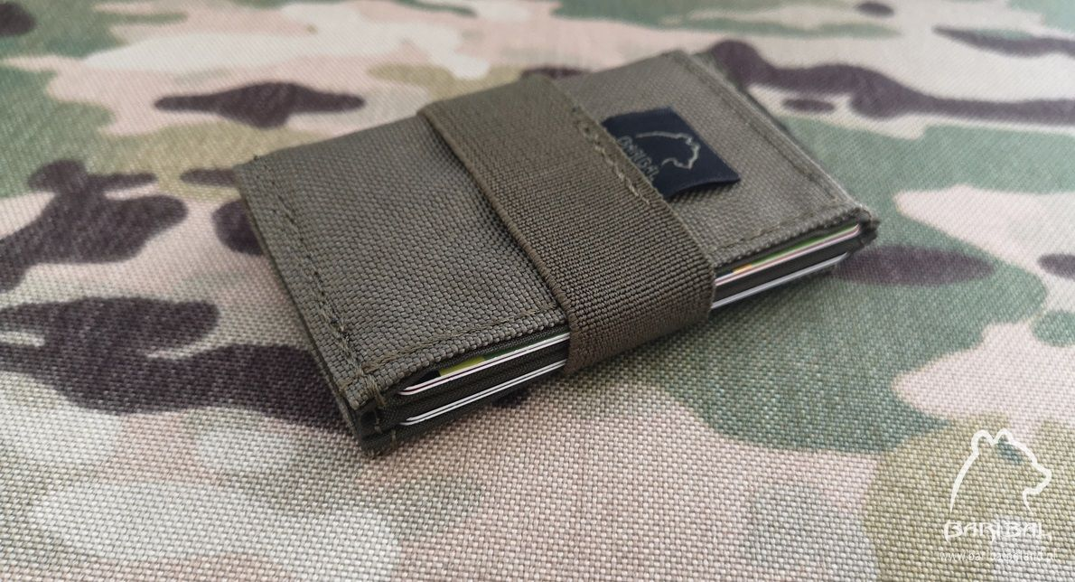 https://baribalpoland.pl/7426/male-etui-na-karty-i-banknoty-card-holder.jpg