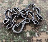 Metalowy haczyk zawieszka na klucze