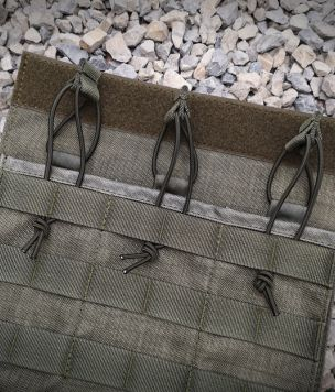 Wymienny panel przedni do kamizelki z ładownicami na magazynki