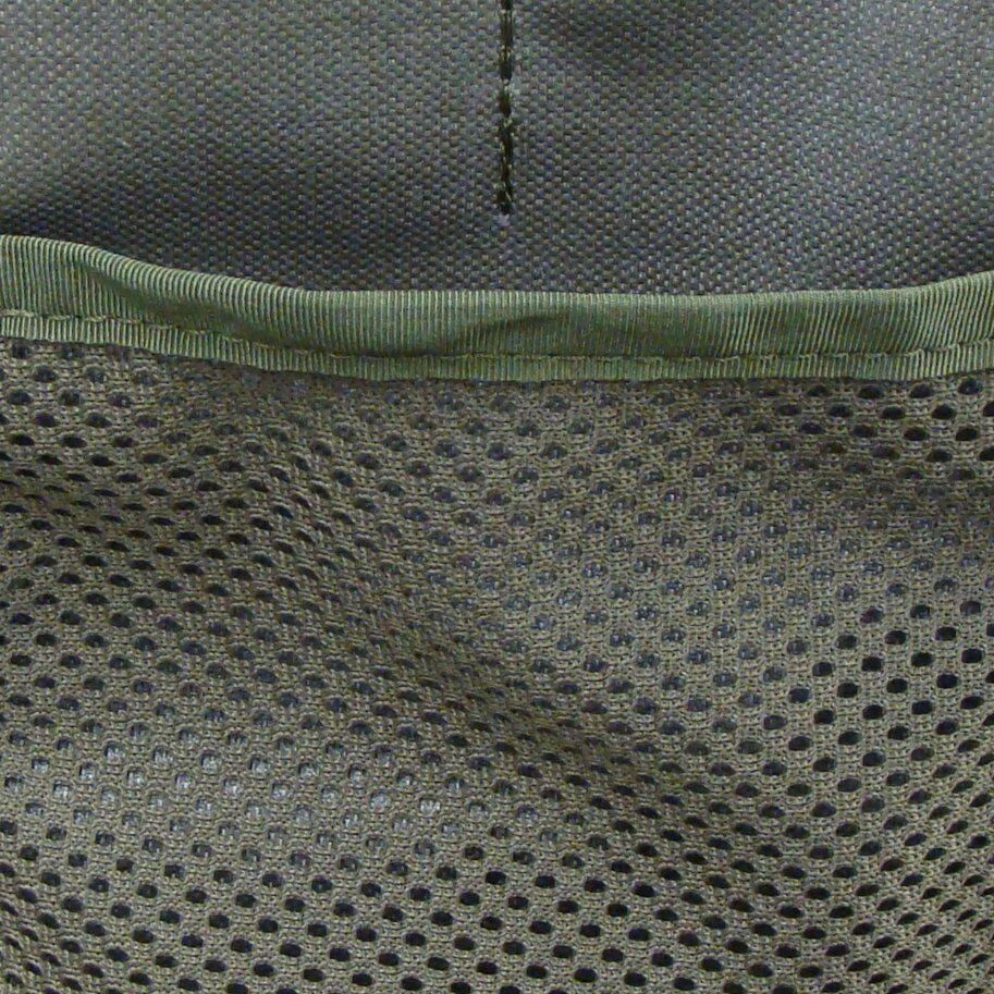 Flat mesh pocket instead of regular elastic organizer on flap pocket side