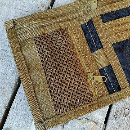 Coin mesh zippered pocket with overlap instead of pouch card on the left +12pln