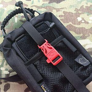 Red firerod-whistler buckle +7pln